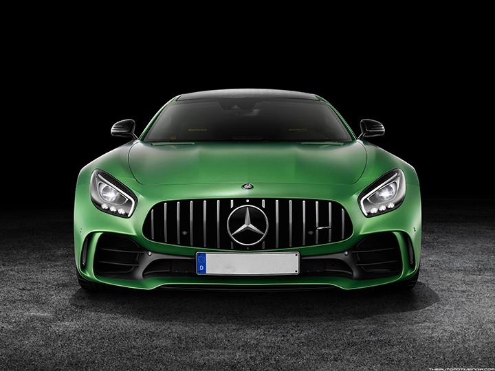 Mercedes AMG GT R - 1